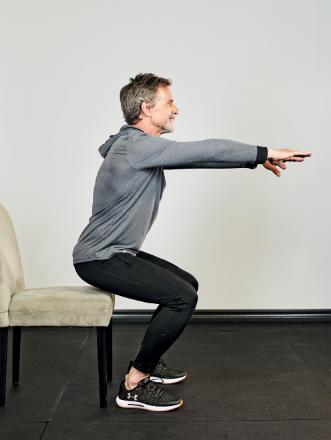 squat avec chaise